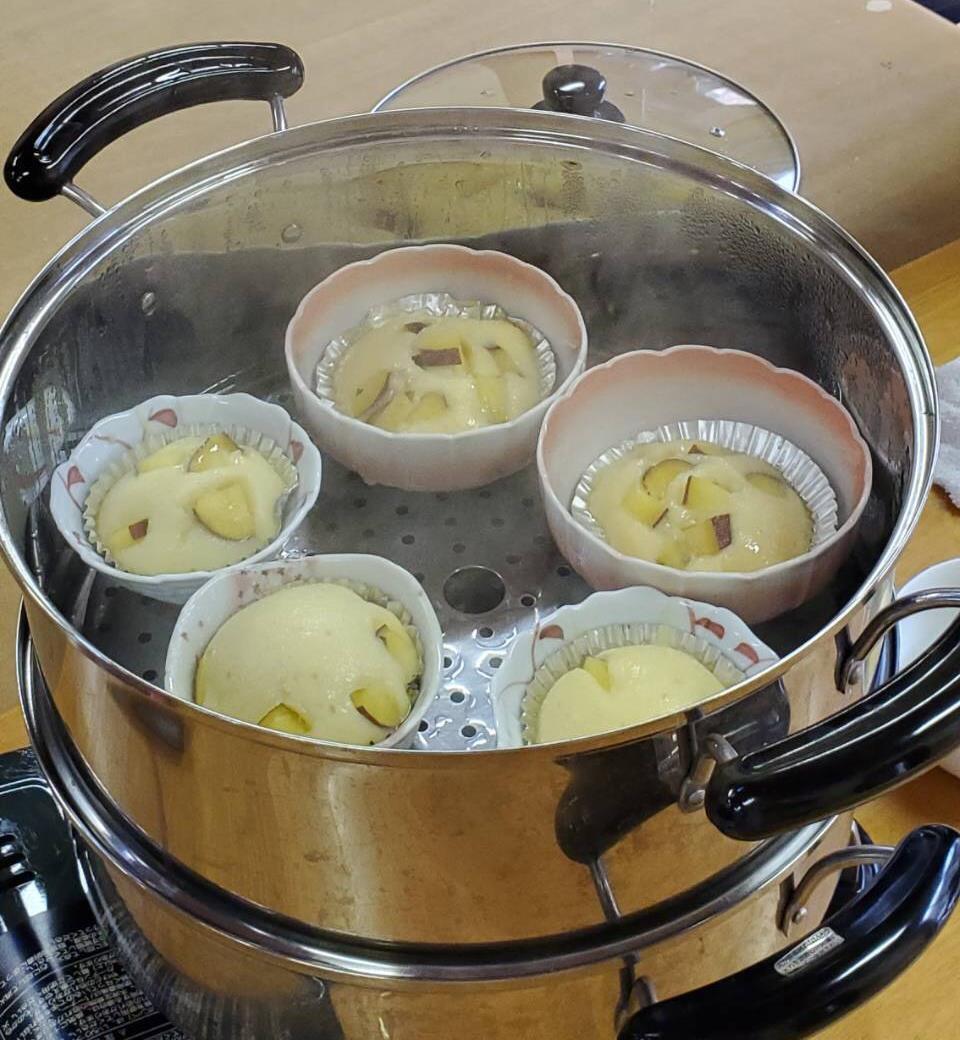 蒸しケーキ作り
